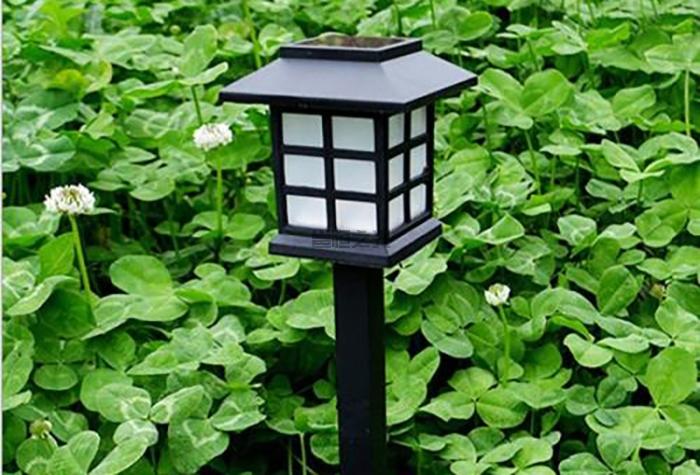 太阳能草坪灯2
