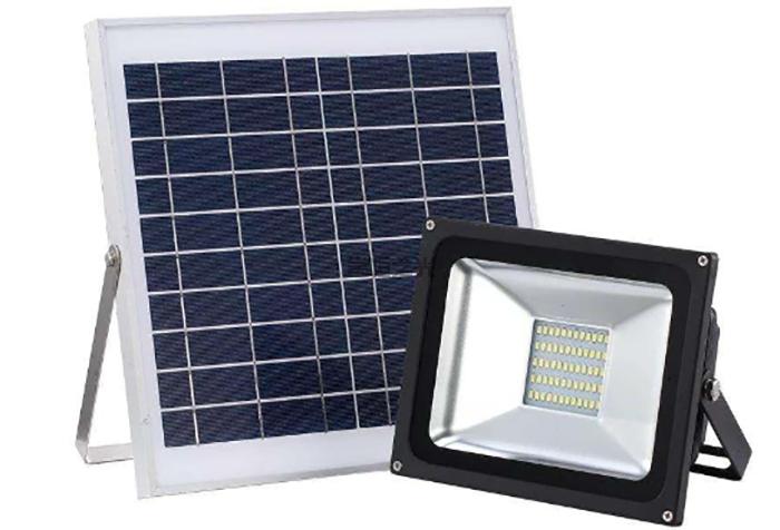 太阳能投光灯3