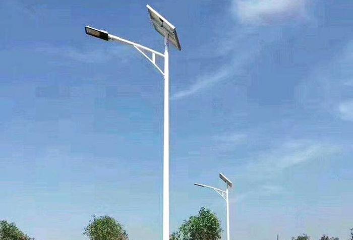 3-12米太阳能灯杆2